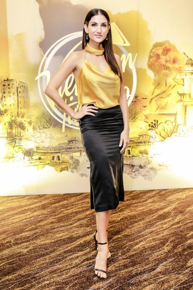 Hồ Ngọc Hà chất phát ngất khi đứng cạnh chị đại Next Top Model - Cindy Bishop - Ảnh 2.