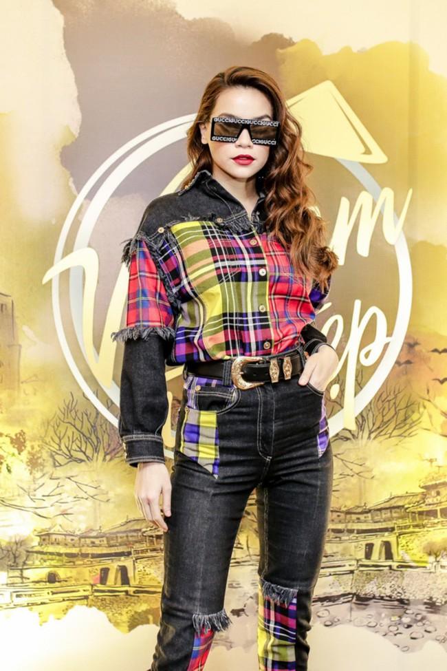 Hồ Ngọc Hà chất phát ngất khi đứng cạnh chị đại Next Top Model - Cindy Bishop - Ảnh 1.