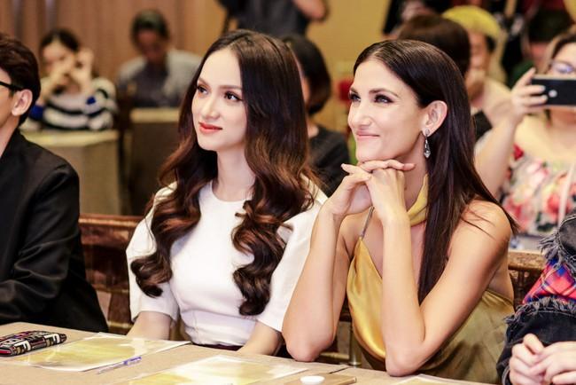 Hồ Ngọc Hà chất phát ngất khi đứng cạnh chị đại Next Top Model - Cindy Bishop - Ảnh 6.