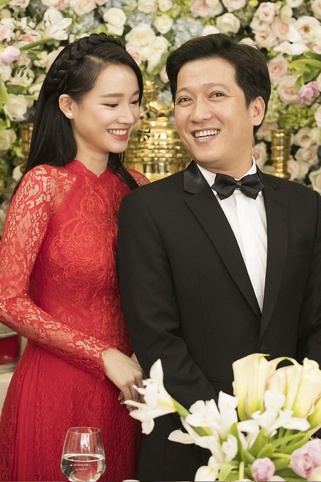 Giải mã 3 tin đồn xôn xao về đám cưới xa xỉ của Trường Giang, Nhã Phương - Ảnh 2.