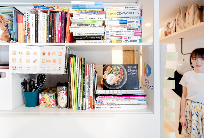 Sống một mình, căn hộ của cô gái Nhật Bản được sắp xếp ấn tượng khiến ai cũng muốn học tập - Ảnh 2.