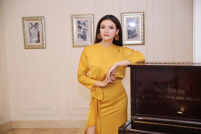 Phạm Phương Thảo: Anh Việt Hoàn bảo tôi là đứa kém cỏi nhất - Ảnh 1.