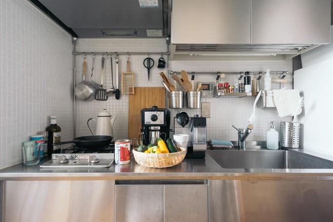 Bí mật bất kỳ ai cũng nên biết để sắp xếp căn bếp nhỏ gọn như bà nội trợ Nhật - Ảnh 5.