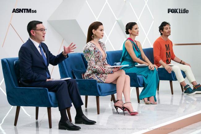 Hà Hồ cực nóng bỏng và thời trang tại Asia's Next Top Model, được khen hết lời khi nhiệt tình thị phạm thí sinh - Ảnh 11.