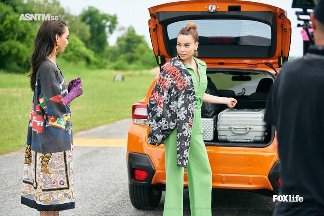 Hà Hồ cực nóng bỏng và thời trang tại Asia's Next Top Model, được khen hết lời khi nhiệt tình thị phạm thí sinh - Ảnh 6.