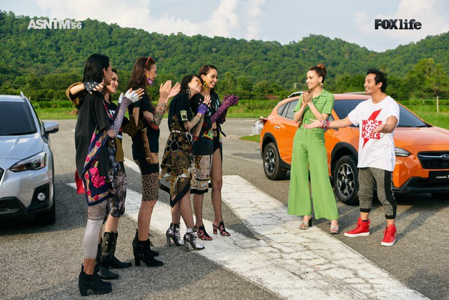 Hà Hồ cực nóng bỏng và thời trang tại Asia's Next Top Model, được khen hết lời khi nhiệt tình thị phạm thí sinh - Ảnh 3.