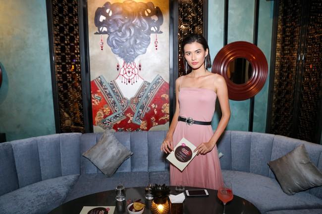 Hoa hậu con nhà giàu - Jolie Nguyễn rạng rỡ xuất hiện sau ồn ào cạch mặt Kỳ Duyên  - Ảnh 5.