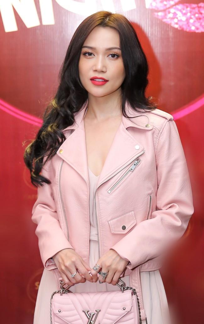 Hoa hậu con nhà giàu - Jolie Nguyễn rạng rỡ xuất hiện sau ồn ào cạch mặt Kỳ Duyên  - Ảnh 6.