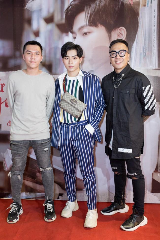Á quân GMTQ 2018 - Đỗ Phú Quí bật khóc vì trở thành con nợ sau khi thực hiện MV đầu tay - Ảnh 2.
