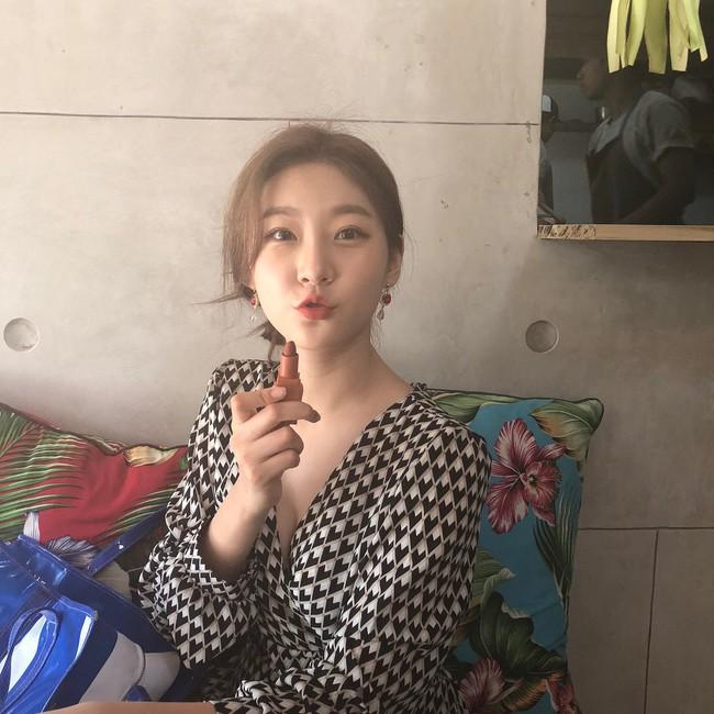 Kim Sae Ron: Sao nhí từng 2 lần đi thảm đỏ Cannes, nhan sắc Kim Yoo Jung, Kim So Hyun cũng phải kiêng dè - Ảnh 16.