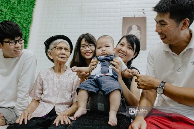 Thanh Trần khoe mua xe hơi tiền tỷ ở tuổi 21, tiết lộ từng bị đại gia gạ tình khi còn độc thân - Ảnh 4.