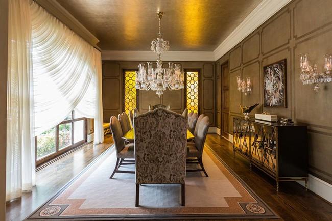 Tuyệt chiêu lựa chọn rèm cửa để nâng tầm vẻ đẹp của căn phòng ăn gia đình để đón xuân mới - Ảnh 1.
