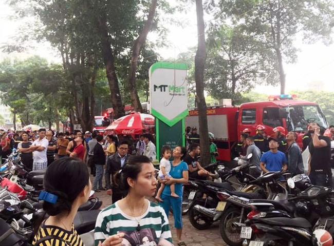 Cháy trong căn hộ chung cư HH Linh Đàm, Hà Nội - Ảnh 6.