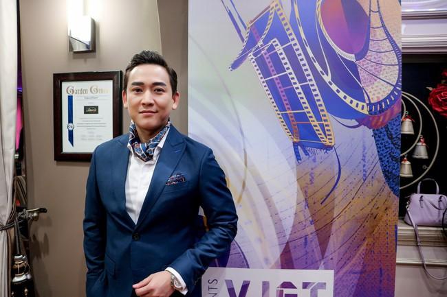 Hứa Vĩ Văn chuẩn nam thần, thu hút sự chú ý trước thềm Viet Film Fest 2018 - Ảnh 1.