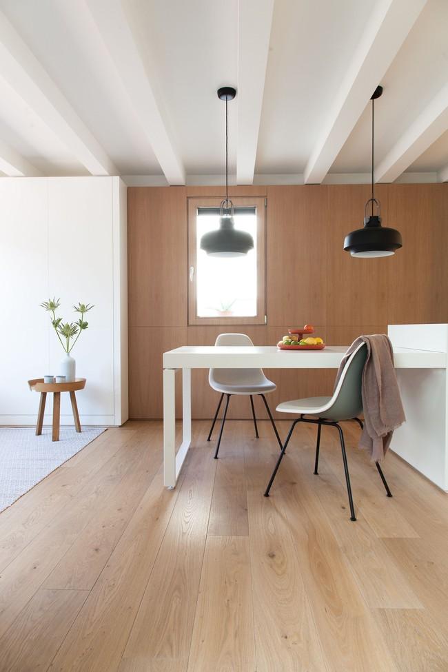 Nhà nhỏ nhưng không bí bách nhờ những món đồ nội thất đa chức năng   - Ảnh 6.