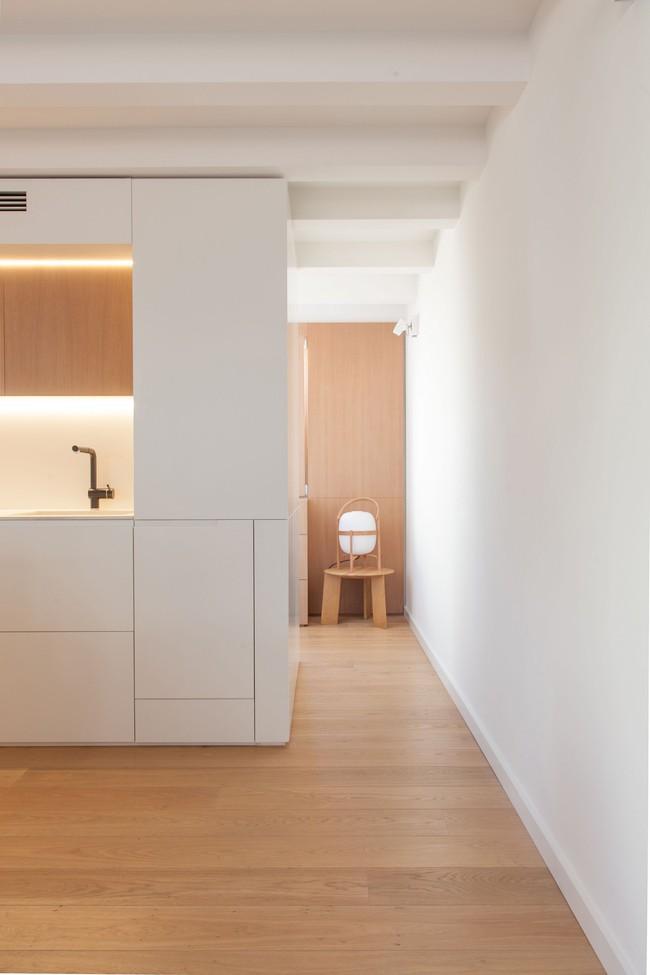 Nhà nhỏ nhưng không bí bách nhờ những món đồ nội thất đa chức năng   - Ảnh 8.