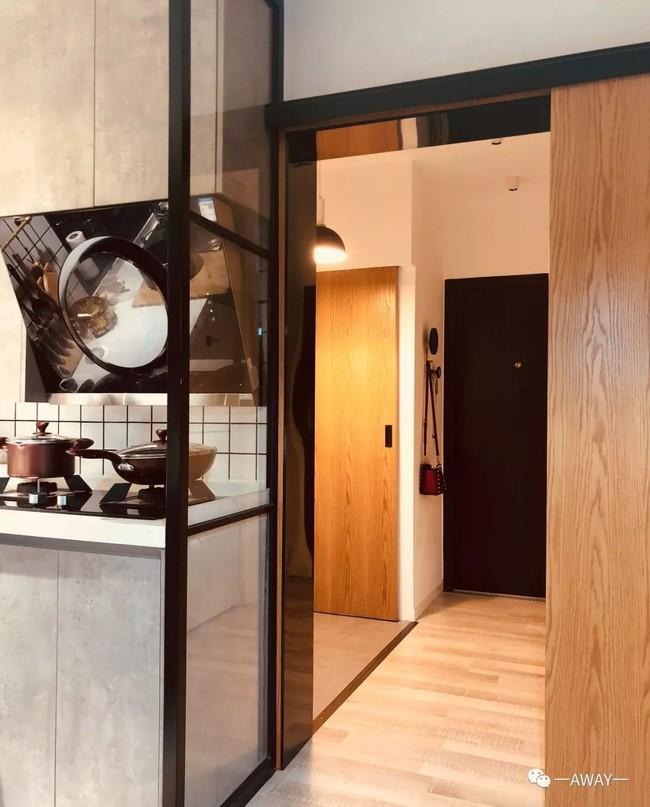 Mất 3 tháng với rất nhiều công sức, căn hộ tập thể 40m² được vợ chồng trẻ lột xác đẹp từng centimet - Ảnh 8.