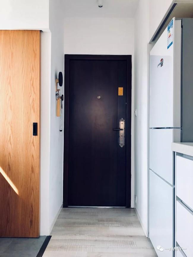 Mất 3 tháng với rất nhiều công sức, căn hộ tập thể 40m² được vợ chồng trẻ lột xác đẹp từng centimet - Ảnh 5.