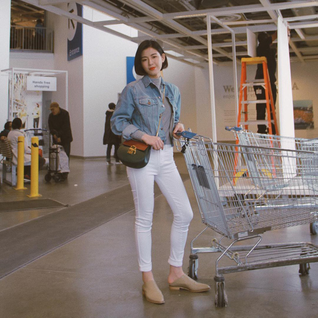 """""""Ngôi sao"""" của mùa đông chính là quần jeans và 15 set đồ sau sẽ giúp các nàng biến hóa tài tình với item này - Ảnh 5."""