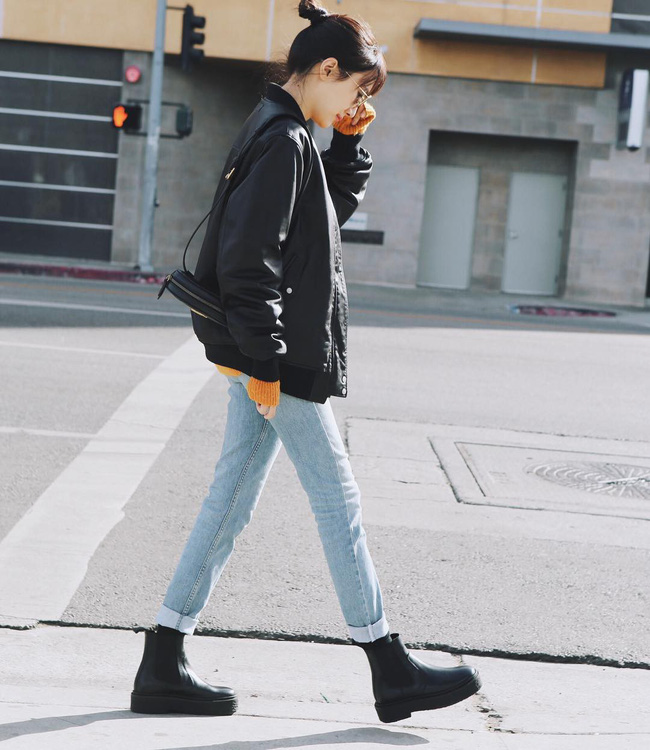 """""""Ngôi sao"""" của mùa đông chính là quần jeans và 15 set đồ sau sẽ giúp các nàng biến hóa tài tình với item này - Ảnh 7."""