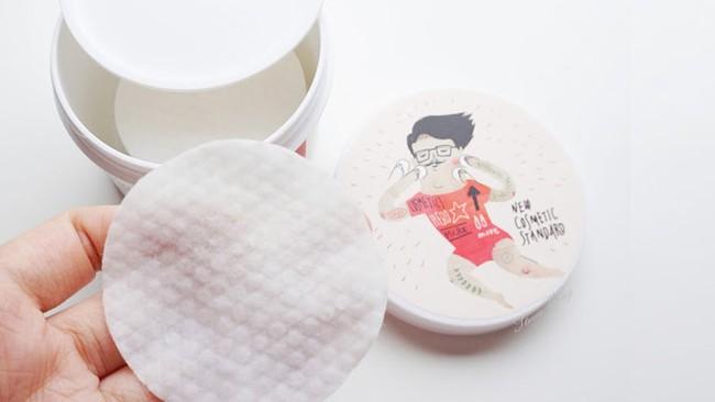 4 miếng pad tẩy da chết này là  tuyệt chiêu trị mụn, trị thâm nhanh gọn cho những ai lười dưỡng da - Ảnh 8.