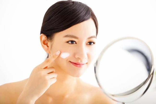 13 lời khuyên vàng giúp da bạn thay đổi hoàn toàn chỉ sau một tháng ngắn ngủi - Ảnh 4.
