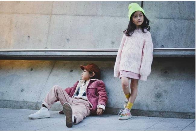 Cứ đến Seoul Fashion Week, dân tình chỉ ngóng trông street style vừa chất vừa yêu của những fashionista nhí này - Ảnh 16.