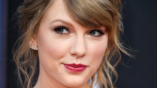 Là nữ ca sĩ đoạt 10 giải Grammy nhưng Taylor Swift không bao giờ bỏ qua 3 nguyên tắc ăn uống để đẹp mà khỏe - Ảnh 1.
