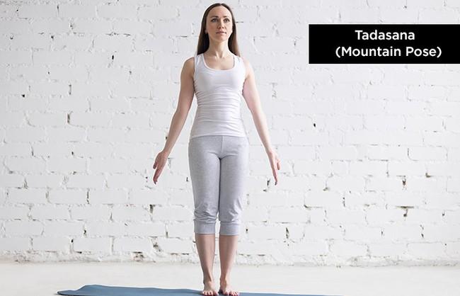 Thời tiết se lạnh, trải ngay thảm ra và tập những tư thế yoga siêu dễ để tăng cường miễn dịch - Ảnh 2.