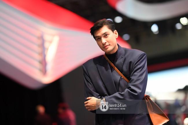 Cặp bạn thân Hoàng Thùy, Quang Đại phong thái chuyên nghiệp trong buổi tập luyện trước giờ G Paris Motor Show - Ảnh 12.