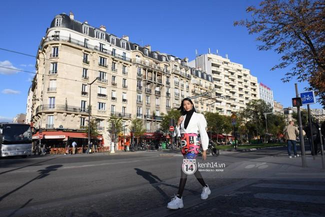 Cặp bạn thân Hoàng Thùy, Quang Đại phong thái chuyên nghiệp trong buổi tập luyện trước giờ G Paris Motor Show - Ảnh 16.