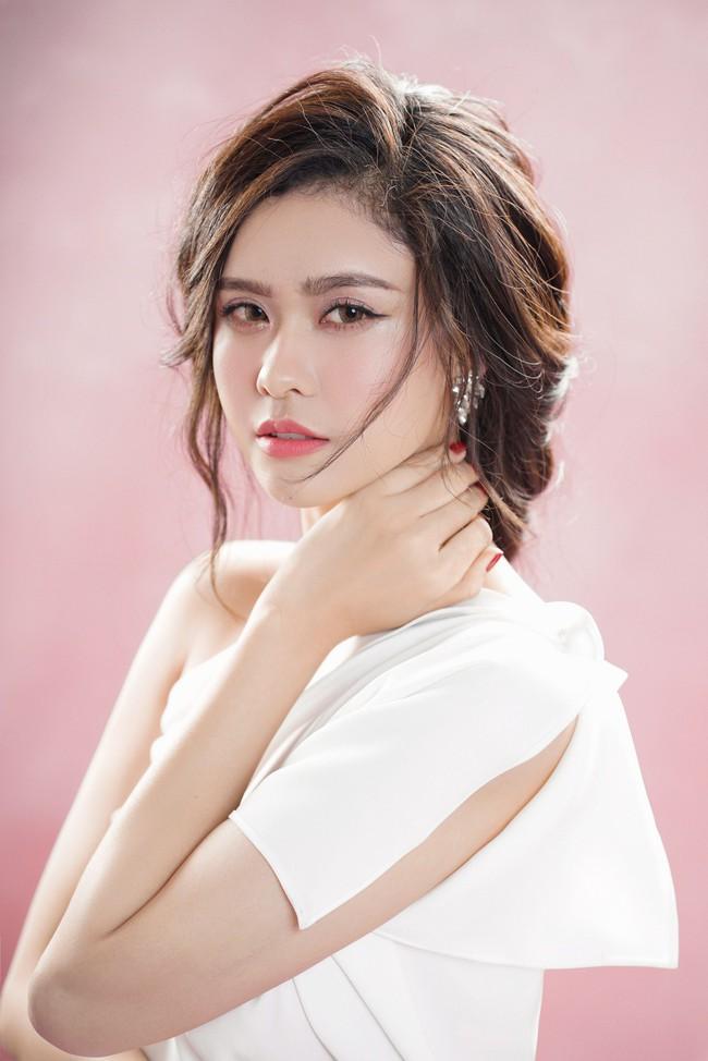 Trương Quỳnh Anh ngày càng xinh đẹp và trưởng thành hơn từ sau hôn nhân trục trặc - Ảnh 7.