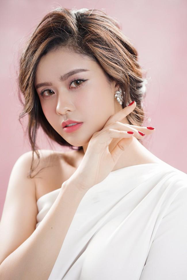 Trương Quỳnh Anh ngày càng xinh đẹp và trưởng thành hơn từ sau hôn nhân trục trặc - Ảnh 5.