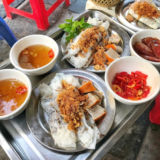 Báo Tây điểm danh 9 món ăn sáng ngon nổi tiếng của Việt Nam  - Ảnh 3.