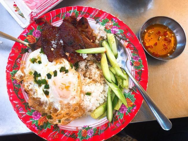 Báo Tây điểm danh 9 món ăn sáng ngon nổi tiếng của Việt Nam  - Ảnh 9.