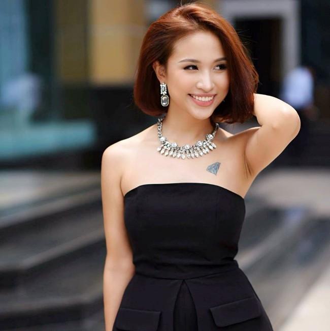 Quà sinh nhật khủng của sao Việt: Đồ hiệu không thiếu, có người còn được tặng hẳn 1 tỷ đồng - Ảnh 4.