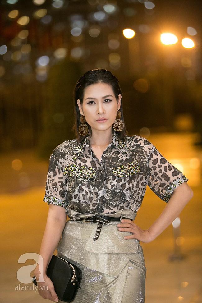 Thảm đỏ ngày đầu tiên VIFW 2018: Chặt chém nhất là Võ Hoàng Yến, khác lạ nhất là chị Nguyệt thảo mai - Ảnh 7.