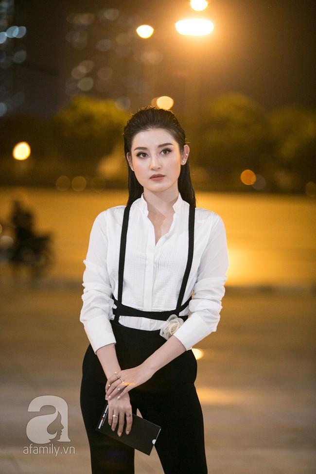 Thảm đỏ ngày đầu tiên VIFW 2018: Chặt chém nhất là Võ Hoàng Yến, khác lạ nhất là chị Nguyệt thảo mai - Ảnh 4.