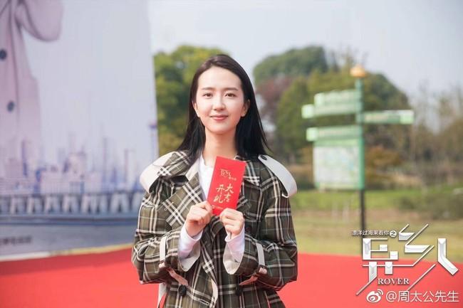 Trở lại phim trường sau scandal ngoại tình, Đổng Khiết vẫn bị chê vì quá nhợt nhạt  - Ảnh 6.