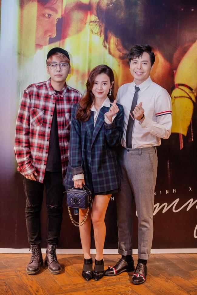 Midu trẻ đẹp như nữ sinh đến chúc mừng bạn thân Trịnh Thăng Bình - Ảnh 3.