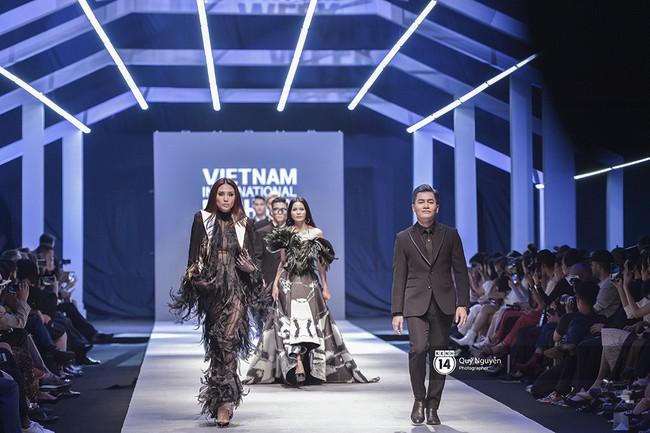 Võ Hoàng Yến mở màn VIFW xuất sắc, Lan Khuê làm vedette trong show Lâm Gia Khang - Ảnh 2.