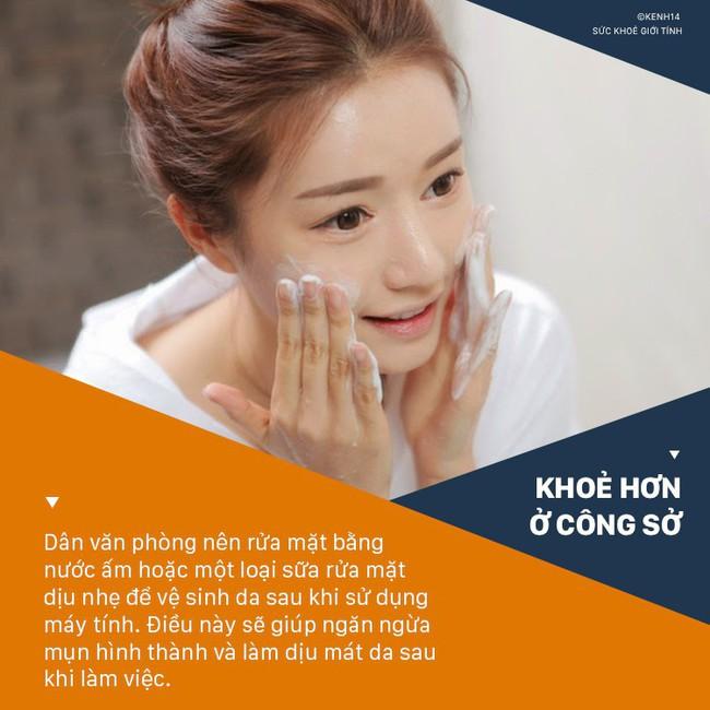 5 bí quyết vàng giúp các cô nàng công sở luôn giữ được làn da khỏe mạnh, không tì vết - Ảnh 5.