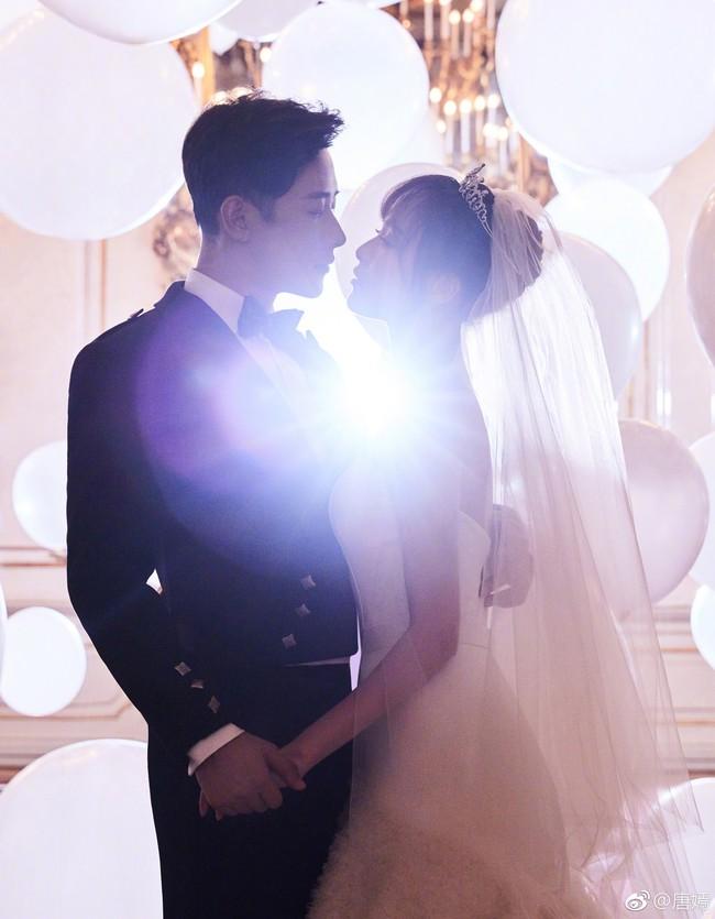 Đường Yên – La Tấn tuyên bố đã kết hôn, chụp ảnh cưới lãng mạn và ngọt ngào - Ảnh 2.