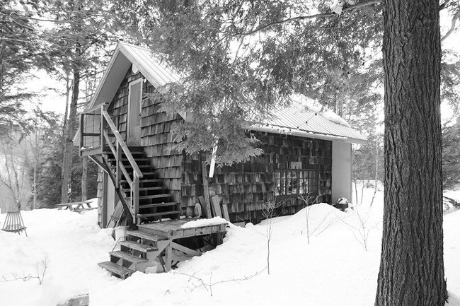 7 ngôi nhà nhỏ được cải tạo có thiết kế nội thất hiện đại khác xa với cảnh quan bên ngoài - Ảnh 16.