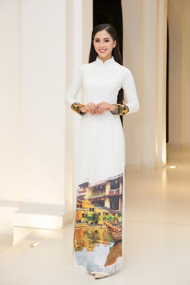 Hoa hậu Tiểu Vy, Đỗ Mỹ Linh lần đầu đi sự kiện cùng nhau sau khi đăng quang - Ảnh 2.