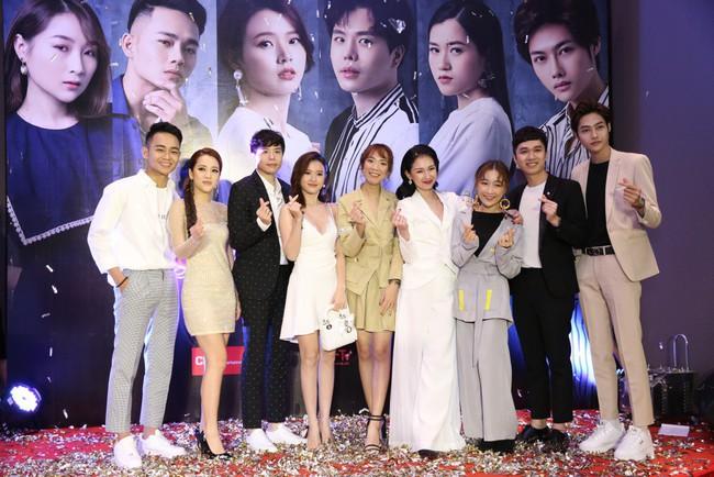 Midu sánh đôi Trịnh Thăng Bình trong dự án phim về... duyên âm - Ảnh 7.