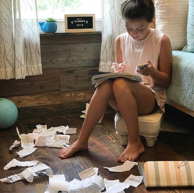 Nếu bạn muốn nuôi dạy những đứa trẻ chăm chỉ làm việc nhà, sống tự lập, hãy thử phương pháp Maya - Ảnh 3.