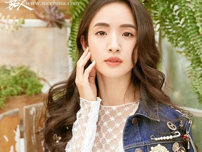 Lâm Y Thần: Từ tuổi thơ nghèo khó, 27 tuổi phải viết di chúc đến đại tỷ giàu có và viên mãn bên chồng đại gia đẹp như tài tử - Ảnh 2.