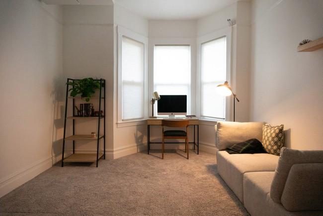 Hệ thống đồ nội thất thông minh tạo thêm không gian cho nhà nhỏ chỉ với một nút bấm khiến ai cũng phải mắt tròn mắt dẹt - Ảnh 5.