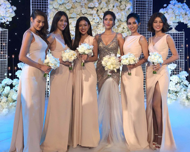 Lan Khuê thay đồ cưới liên tục như chạy show thời trang, có bộ đính 10.000 viên pha lê tốn 2 tháng thực hiện - Ảnh 11.